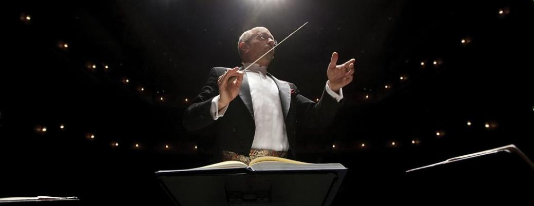 thomas-jeffrey-conducting